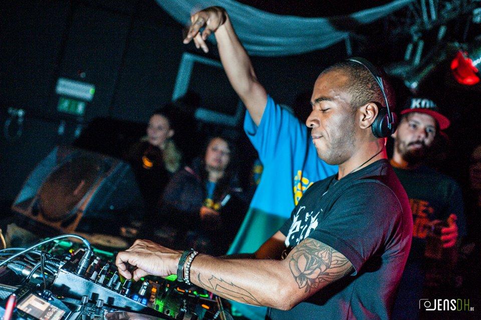 Jakes (DJ)