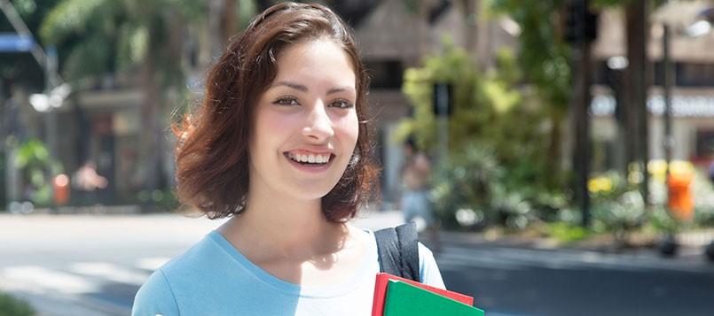 Ventajas-de-aprender-otros-idiomas-estudiante