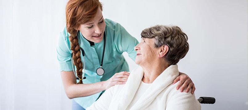 Prevenir-el-Alzheimer-enfermera