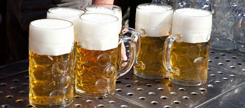aprovechar-el-Oktoberfest-cervezas