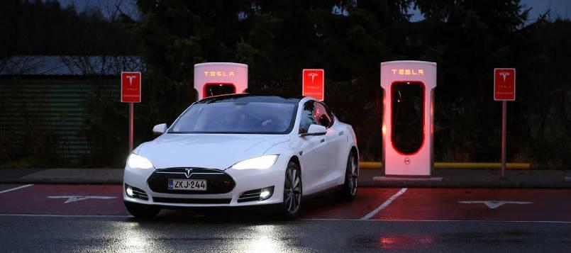 Te decimos donde cargar el coche eléctrico