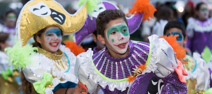 Descubre-el-carnaval-de-Santa-Cruz-de-Tenerife