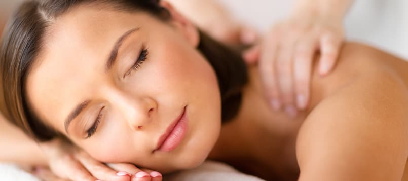 Descansar-para-beneficiar-a-la-piel-6