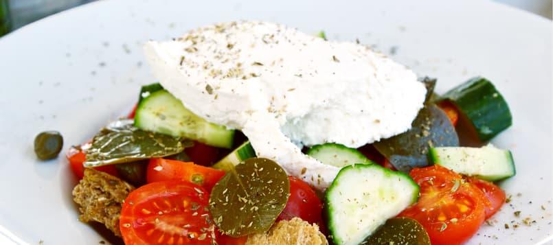 Diferentes-tipos-de-ensaladas-de-verano-4