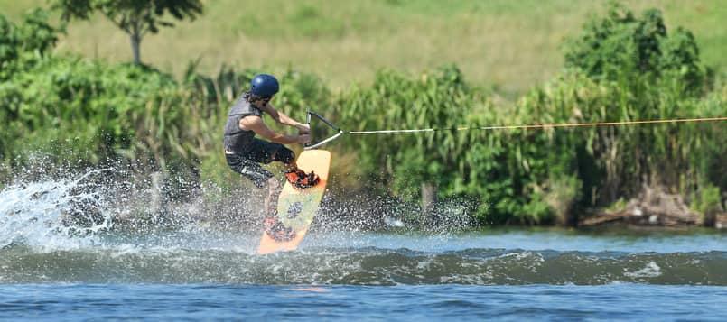 Qué-es-el-esquí-acuático-9