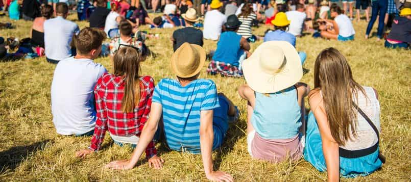 Ropa-cómoda-para-un-festival-de-música-4