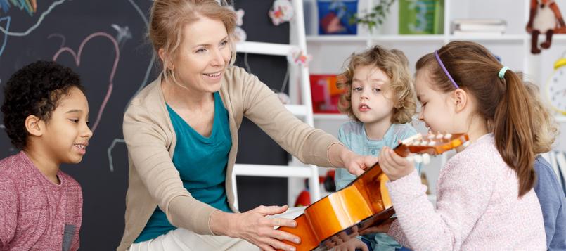 clases-de-guitarra-para-niños