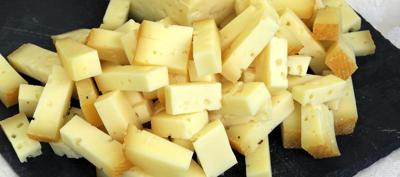 quesos italianos famosos, asiago 5