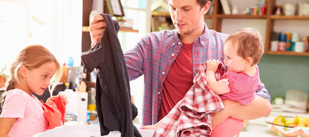 Como conseguir que los niños se involucren en tareas del hogar