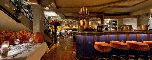 King's Cave Grillrestaurant - Central Plaza