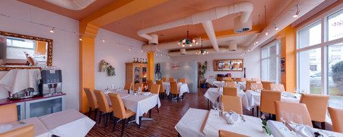 Ten Restaurant und Bowling