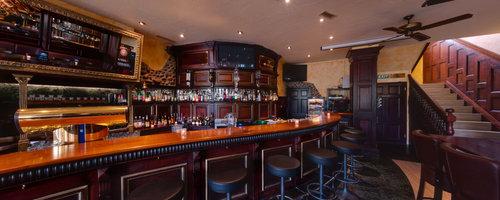 Zeus Music Bar