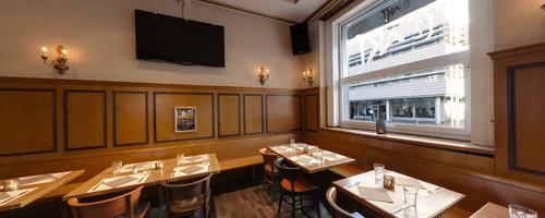 2. Akt Restaurant-Bar