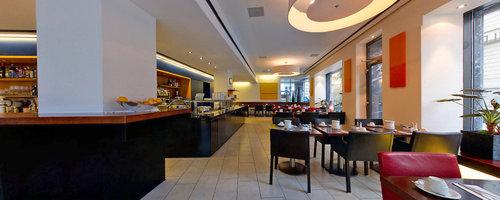 Die Bar - Hotel Seefeld