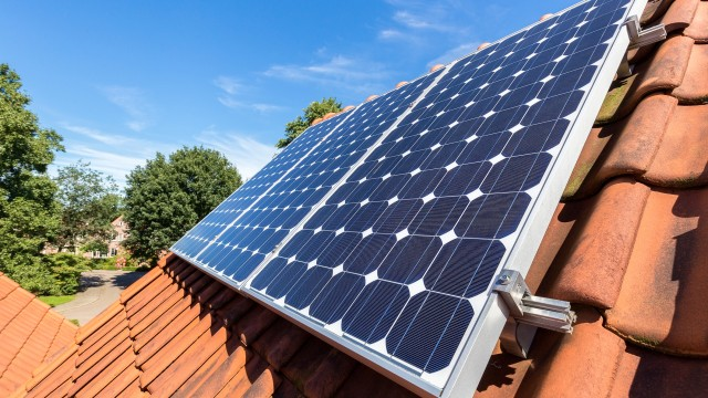 Renewable energy in construction: from niche to necessity