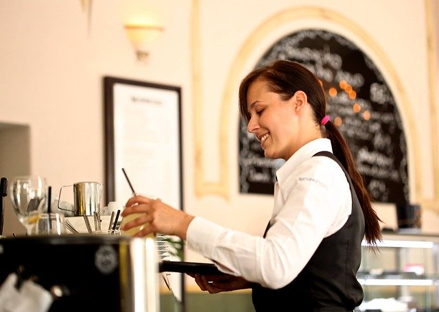 ingles-para-camareros-waitress