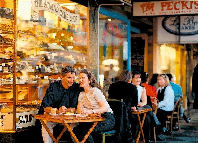 dialogo-restaurante-ingles-bares-cafes