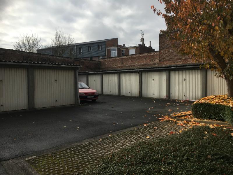 Garage Loos