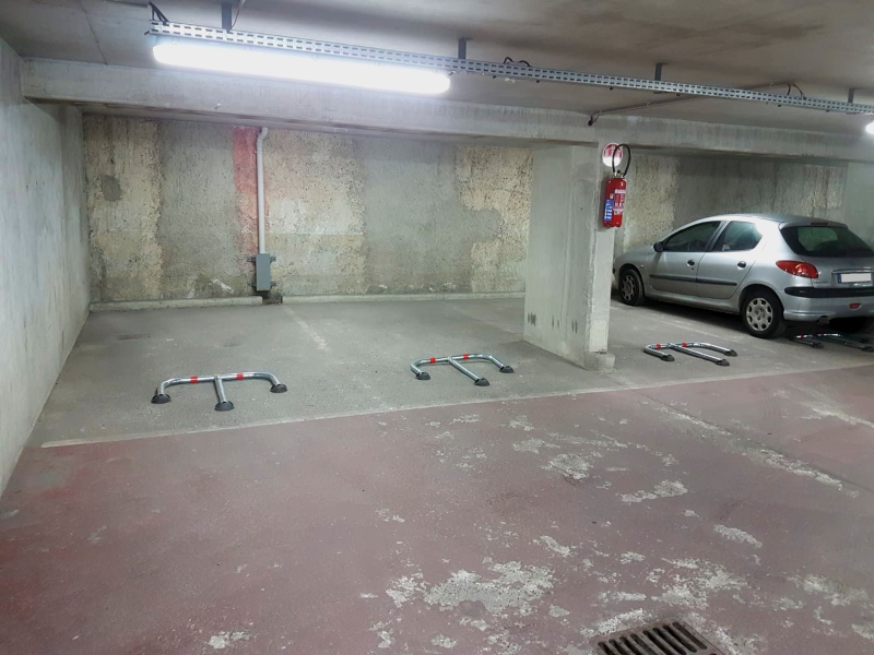 parking gare de clichy levallois bepark votre solution de parking. Black Bedroom Furniture Sets. Home Design Ideas