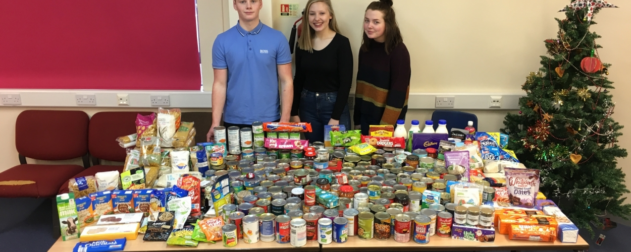 Parkside helps Salvation Army Christmas Food Drive 2017