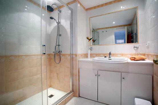 En Suite Bathrooms In Apartments: Parque Marbella