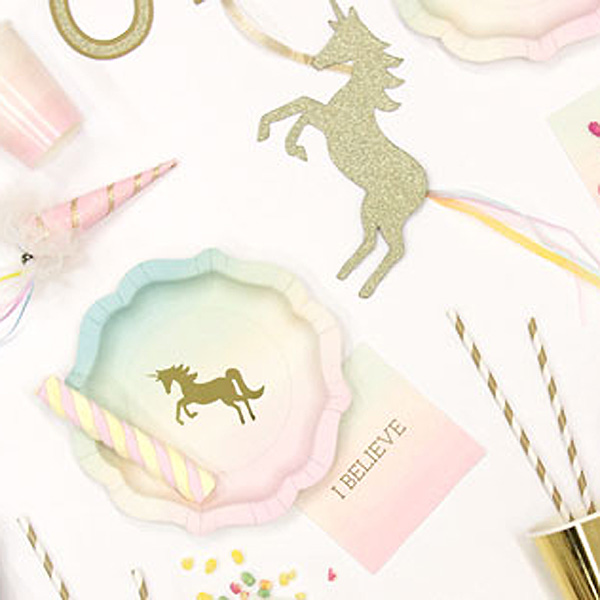 Unicorn plate, party display