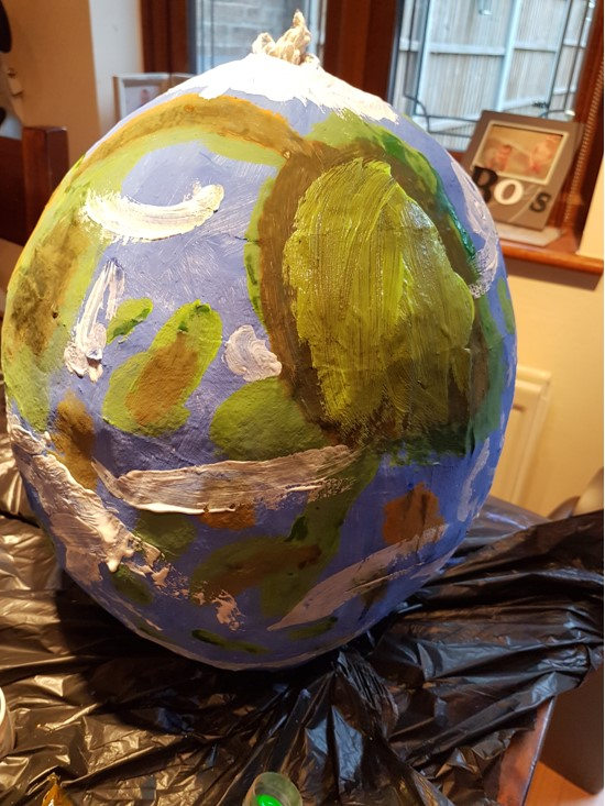 Earth Piñata Tutorial – Guest Blog by Robyn Embrey