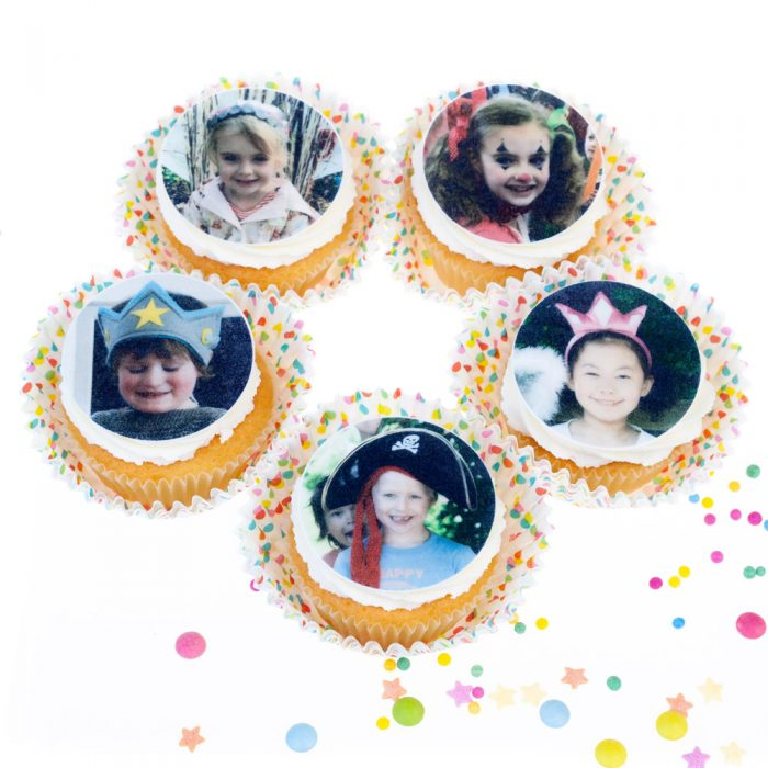 5 cupcakes