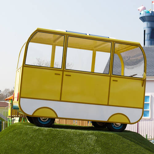See the quacking paddling ducks and the big bright yellow camper van in Peppa Pig World