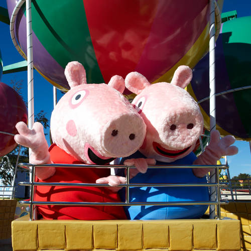 See Peppa Pig and George in Peppa Pig World