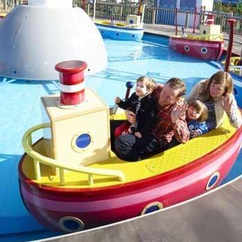 Grandpa Pig's Boat Trip