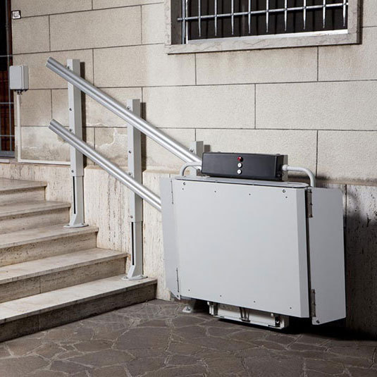 Stairlift Public 8