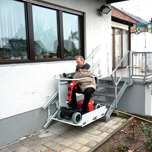 Stairlift Public 9