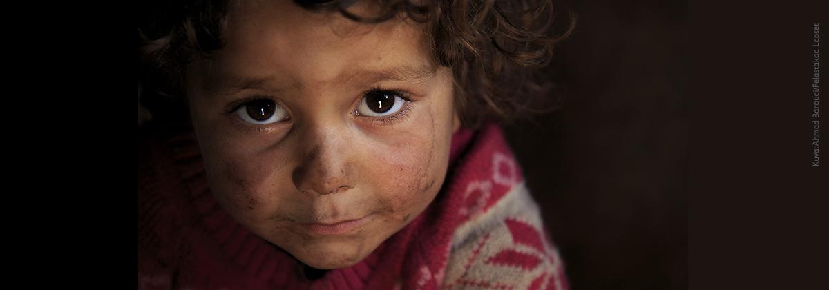 Tee lahjoitus syyrian kriisin lapsille - Pelastakaa Lapset vie apusi perille