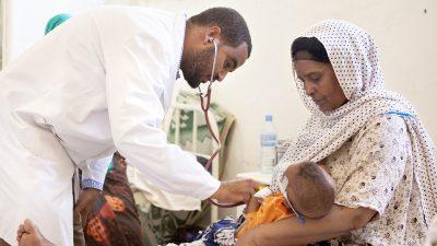 Hassan saa hoitoa Pelastakaa Lasten klinikalla