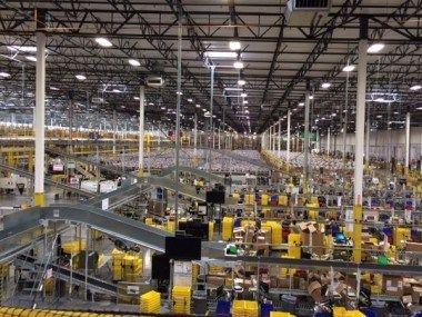 Amazon'o sandėlys – žvilgnis į vidų