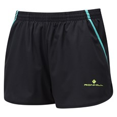 Ron Hill Women's Stride Cargo Short | Black / Jade