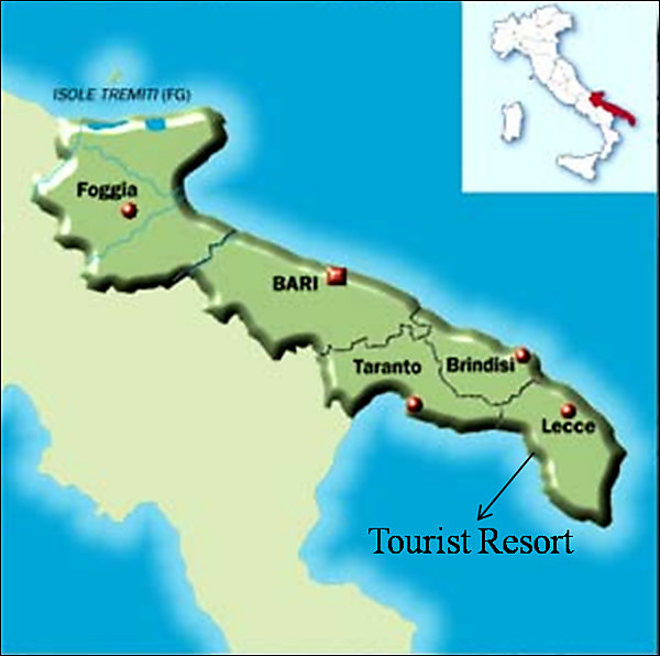 Map of Italy showing location of tourist resort on Lecce province