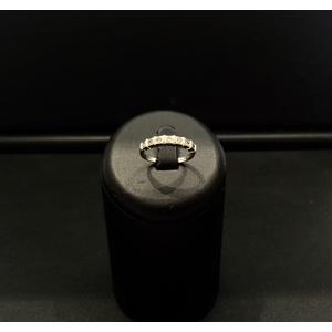 Anello Riviere Oro Bianco e Diamanti
