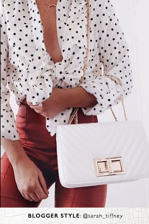 STEPHANIE White Quilted Chain Shoulder Bag With Gold Detail