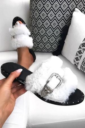 AZALEA White Fluffy Buckle Sliders