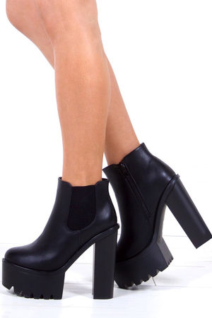 DEMI Black Chunky Chelsea Boots With Elastic Detail