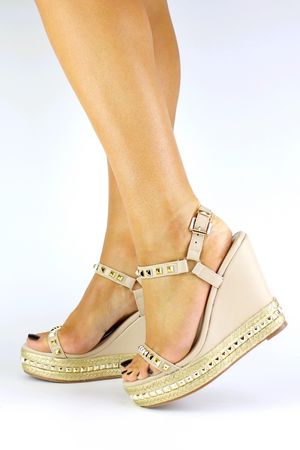 MELODY Nude Stud Wedge