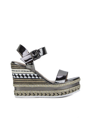 KESHA Silver Metallic Aztec Wedges