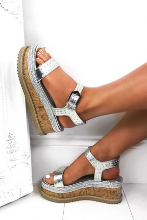 KOKO Silver Flatform Sandals With Silver Detail