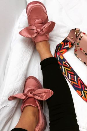ARIA Pink Bow Trainer