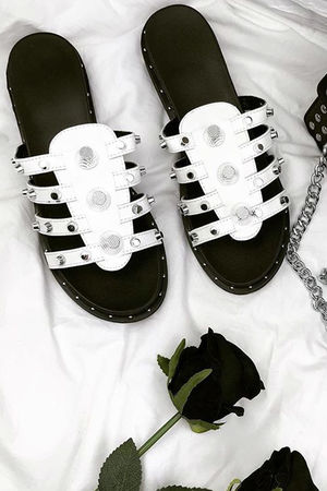 JASMIN White Stud Sandals With Silver Detail