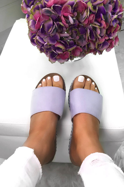LUNA Lilac Stud Sliders With Silver Detail