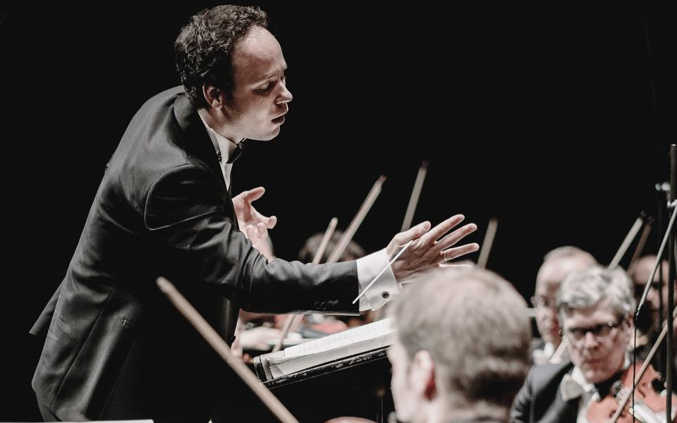 Conductor Gergely Madaras on stage