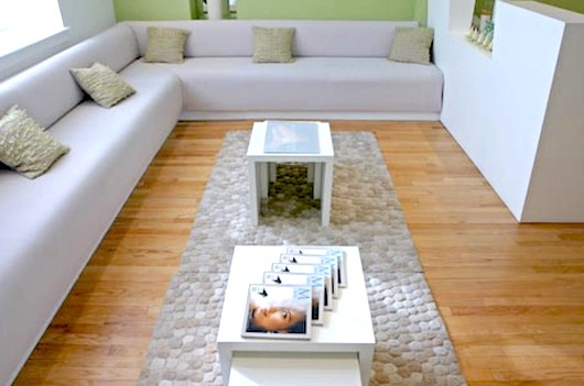 bright-salon-decor-ideas-spaciousness
